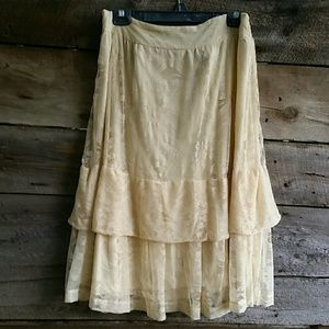American Eagle Outfitters Tiered Lace Skirt XXL